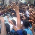 allu-arjun-at-mall-of-joy-kerala-stills-17