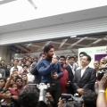 allu-arjun-at-mall-of-joy-kerala-stills-25