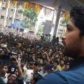 allu-arjun-at-mall-of-joy-kerala-stills-4