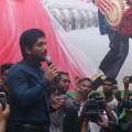 allu-arjun-at-mall-of-joy-kerala-stills-7