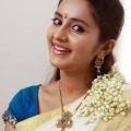 bhama-malayalam-actress-stills-15