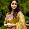 bhama-malayalam-actress-stills-16