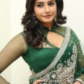 ragini-dwivedi-hot-stills-4