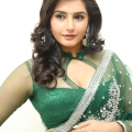 ragini-dwivedi-hot-stills-6