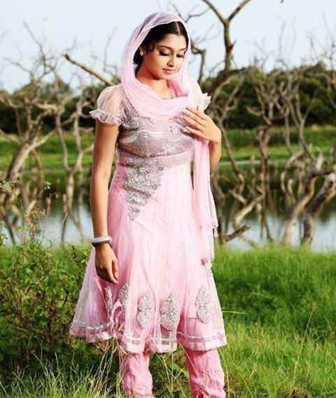 sija-rose-malayalam-actress-stills17